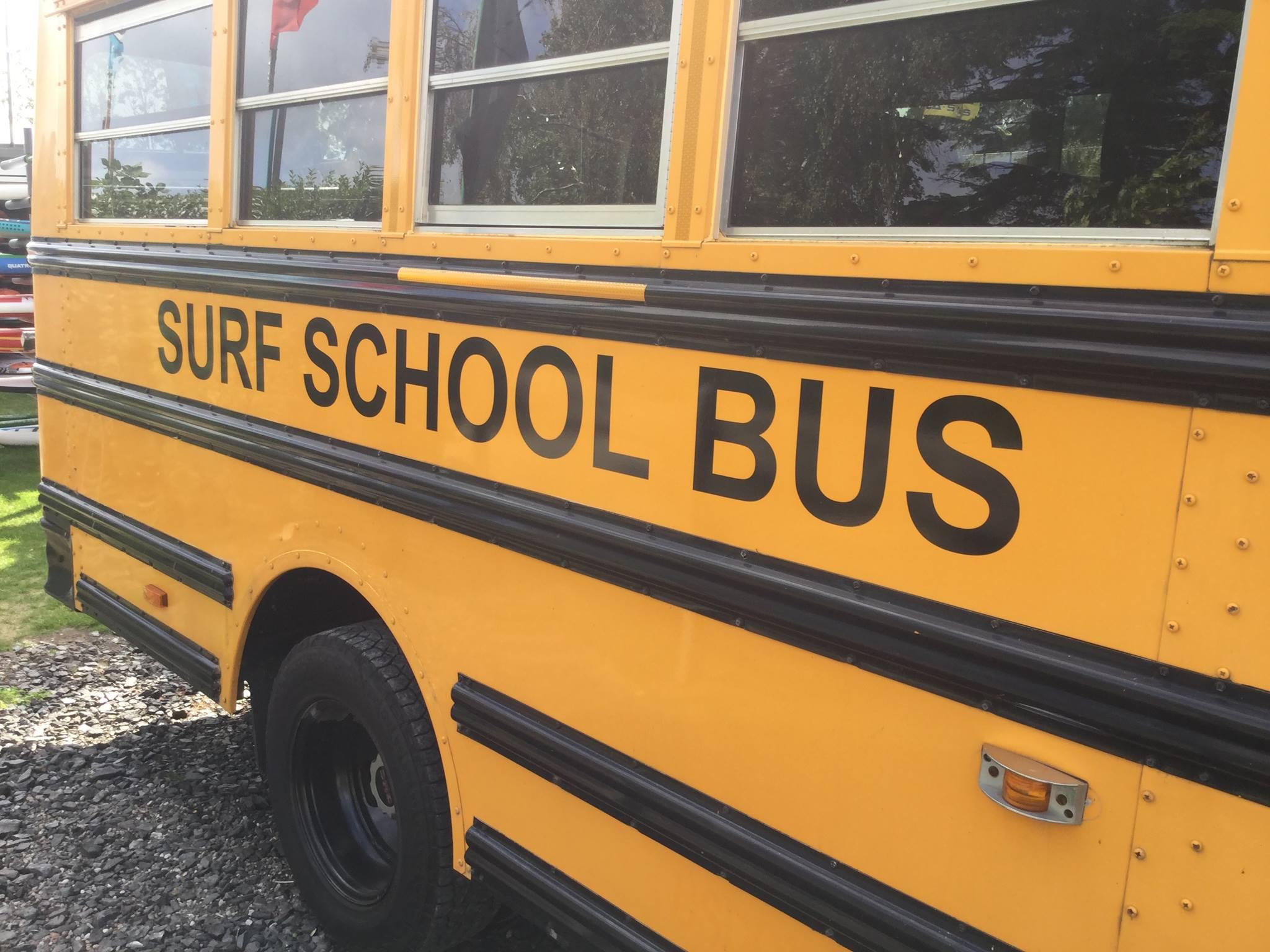 Surf-School-Bus